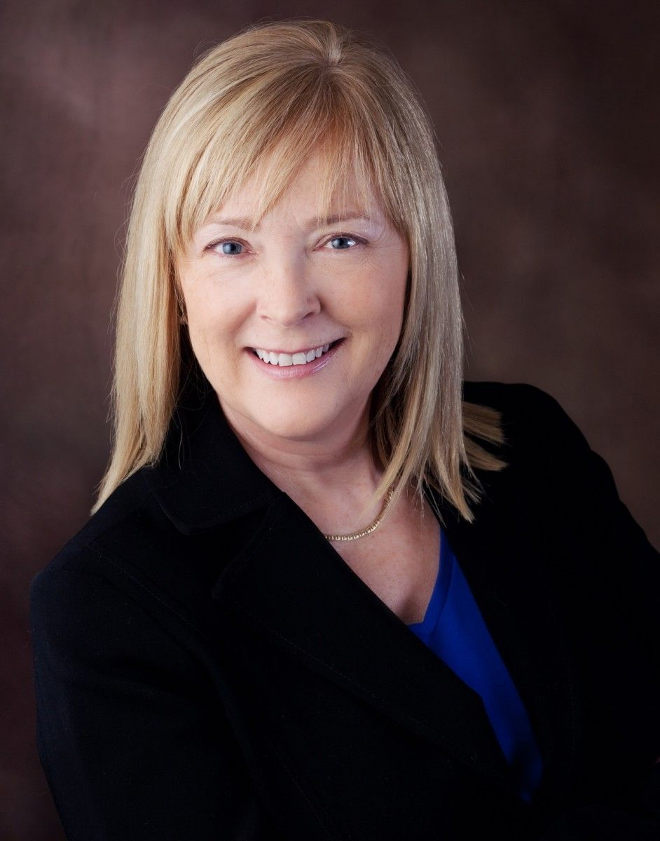 """Margie Wakefield, Kansas' 2nd District.   """"I believe that elected officials have a responsibility to work across party lines to find practical and principled solutions for all."""" http://wakefieldforkansas.com/"""
