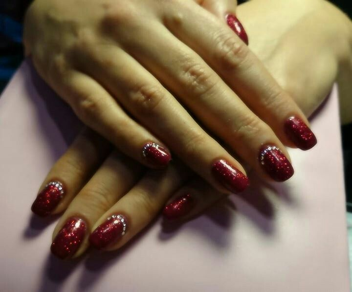 #red nails