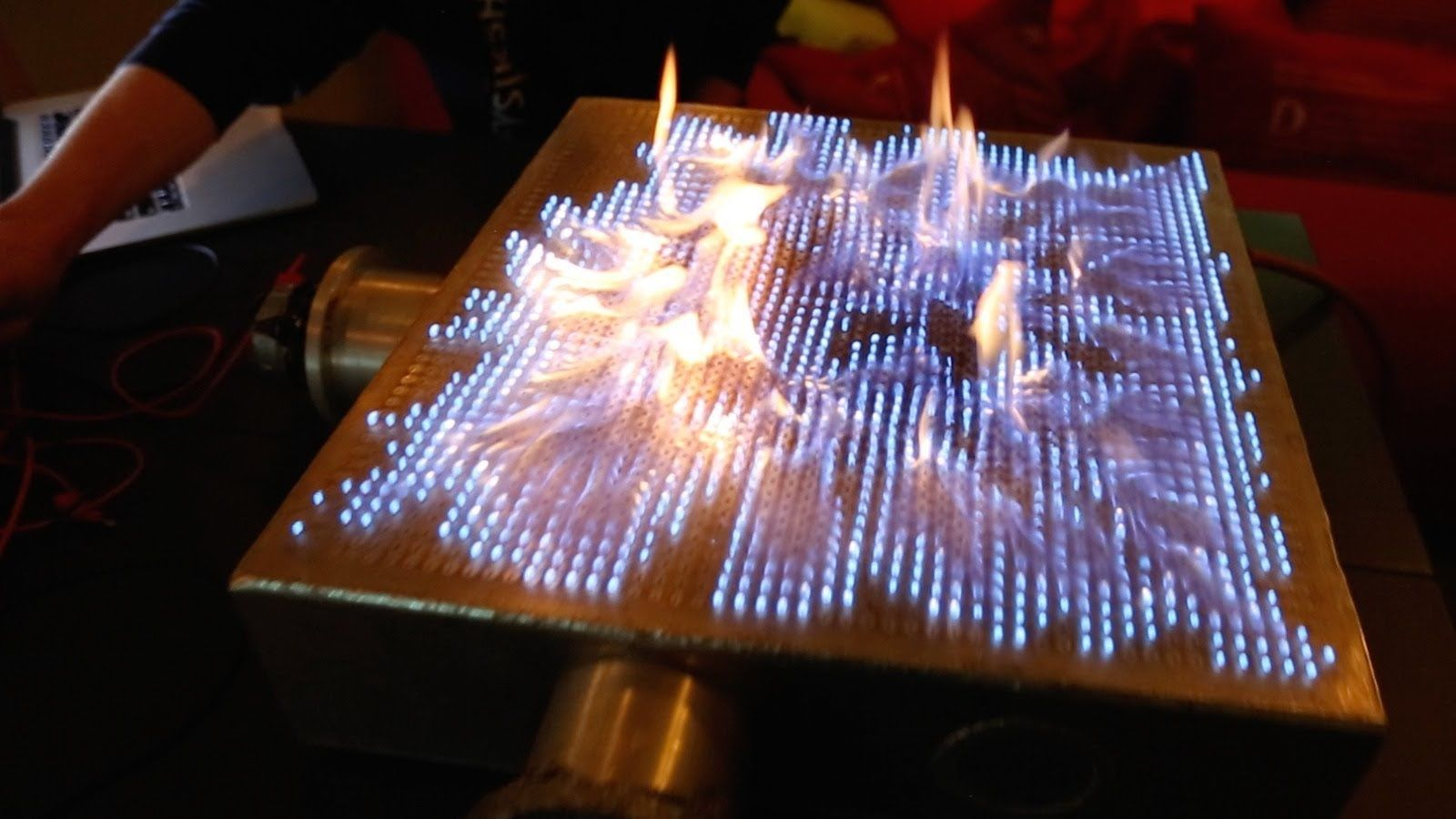 Pyro Board A Fascinating Demonstration Of Sound Waves Interacting