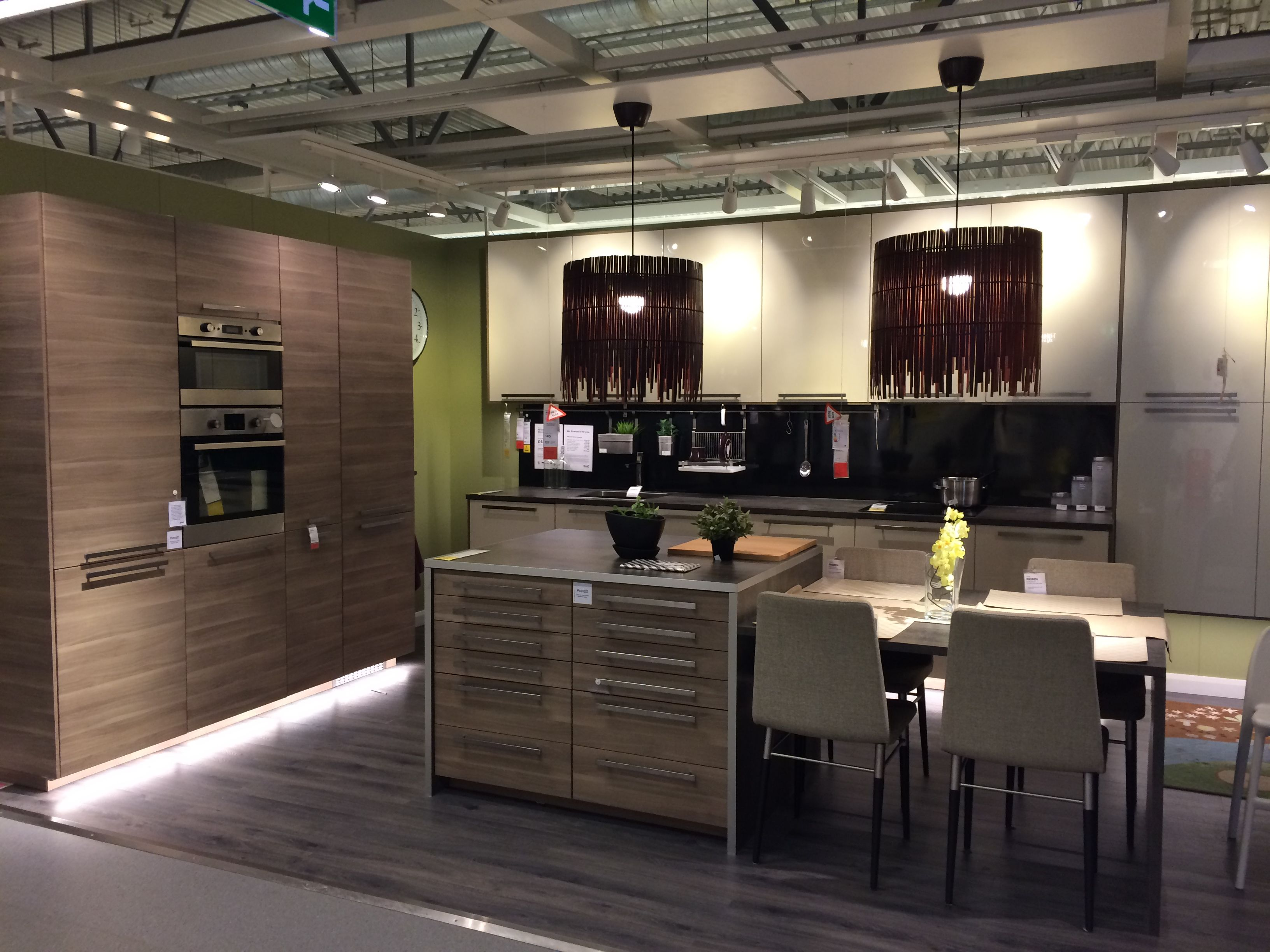Ikea Kitchen With Great Drawer Idea For The Island. Ikea Showroom, Croydon