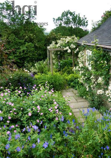 Harpur Garden Images :: Slater101 Small Terraced Country