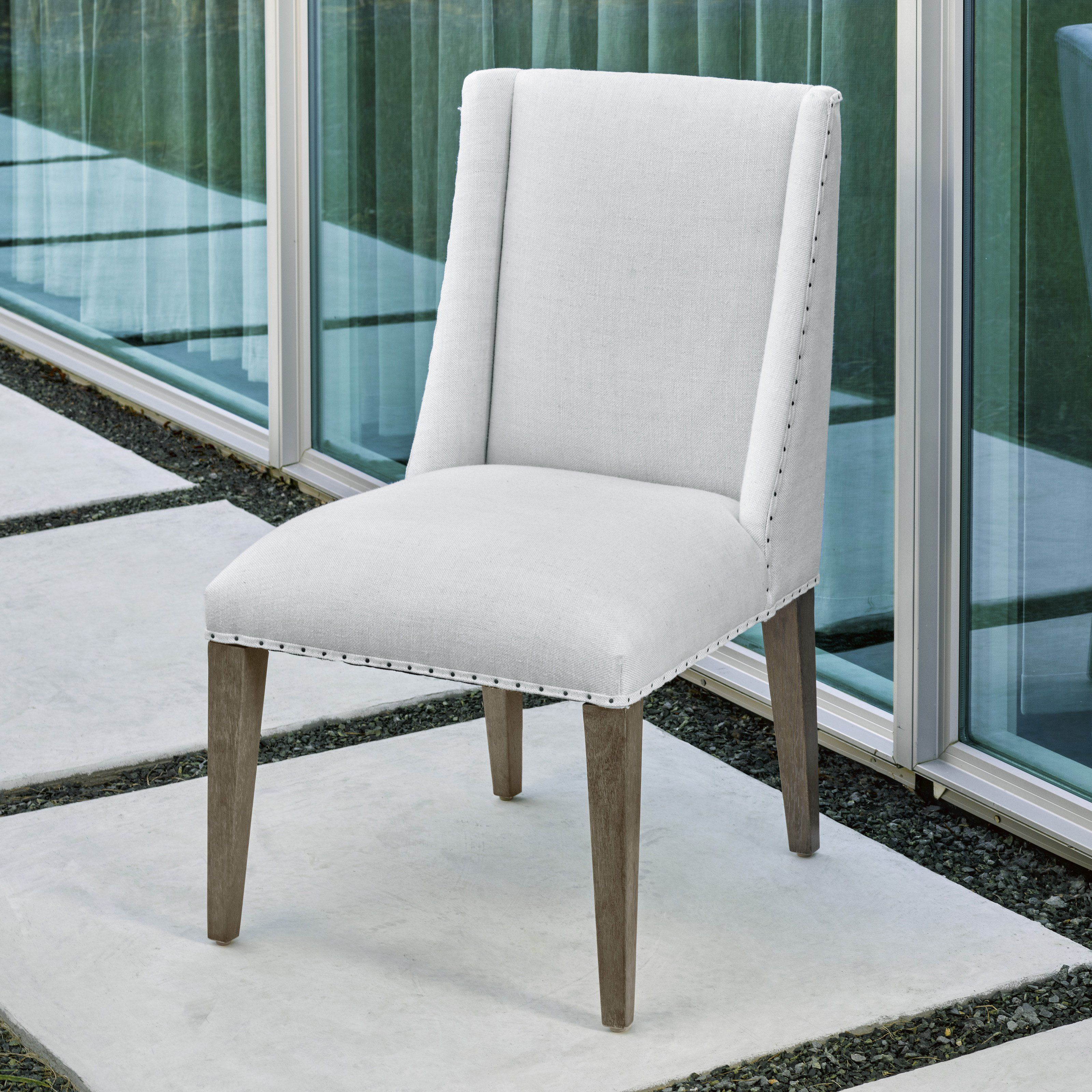 Universal Furniture Tyndall Dining Chair   UNIR2839