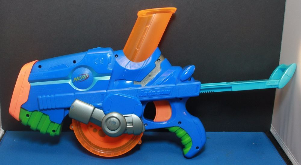 Nerf Buzzsaw Rapid Fire Gun Foam Ball Shooter Blaster (No Ammo) Hasbro 2006  Toy