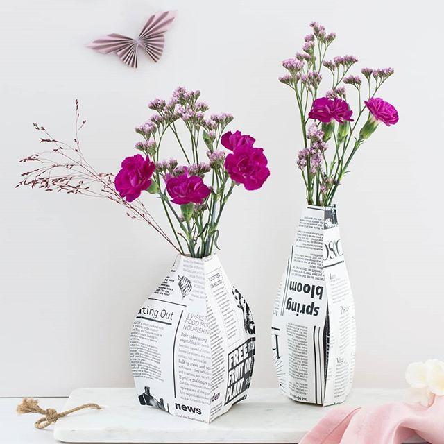 《Werbung | Gastbeitrag》Die hübschen Vasen aus Papier für die schönsten Frühlingsblumen sind ganz schnell nachzumachen. Wie's funktioniert? Mein zweiter Gastbeitrag für @hoferat und die Anleitung für die 3D Vasen ist online - den direkten Link findet ihr wieder in meinem linktree/Profil. Viel Freude beim Nachmachen! 🌸💐🌺 . . . #hoferat #meinhofer #dabinichmirsicher #sinnenrauschDIY #springvibes #spring #diyinterior #diydecor #papiervase #diypaper #frühling