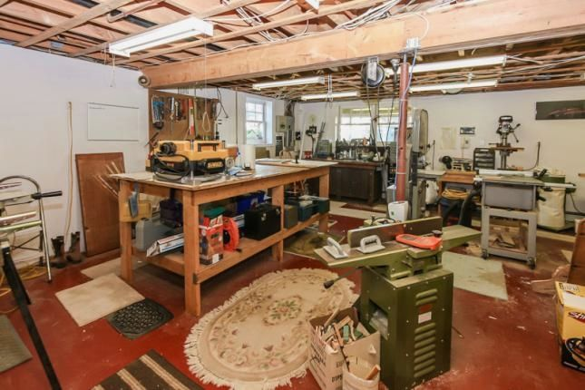 50 Woodworking Shop Plans Creative Small Woodworking Shop Ideas For