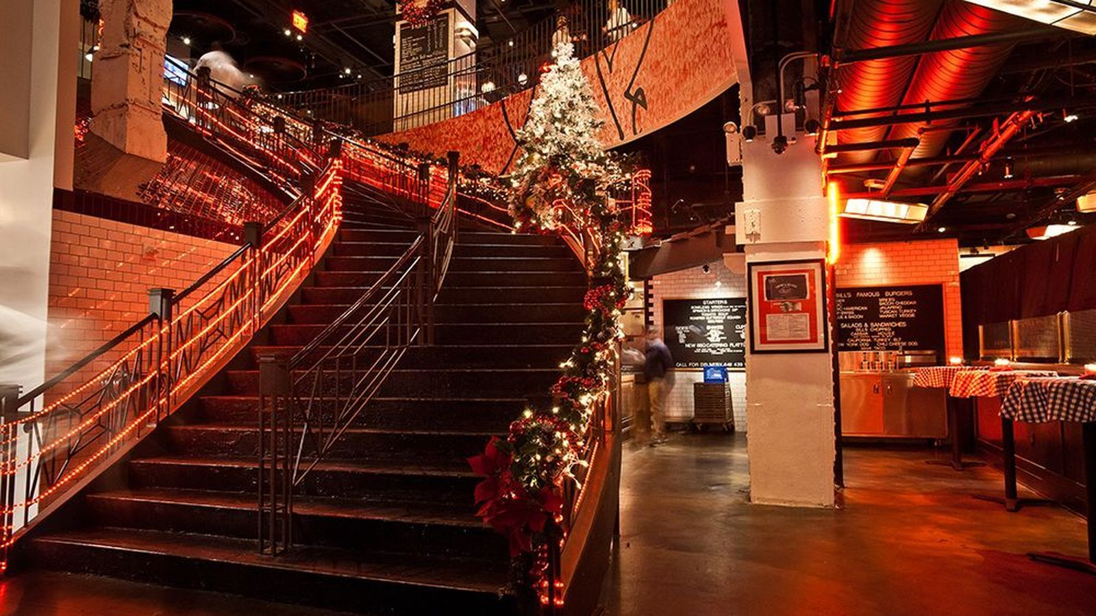 Where To Eat While Holiday Shopping In Manhattan Holiday Shop Nyc Restaurants Xmas Shopping