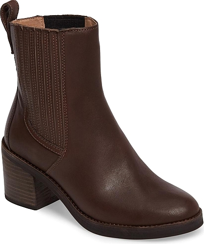 Uggr Women S Shoes In Chocolate Leather Color A Stacked