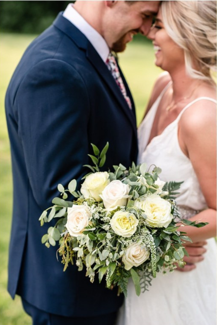 Blush And Greenery Sioux Falls Wedding Maddiepeschong Com Wedding Photography Wedding Flowers Bride And Groom Fall Wedding Wedding Photography Groom Poses