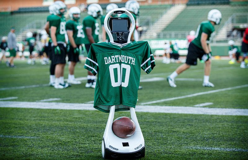 Sideline Robot Helps Trainers Spot Football Concussions Dartmouth Football Dartmouth Dartmouth College