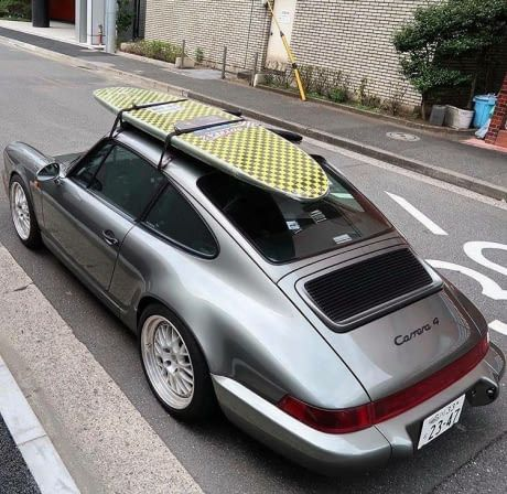 How Do You Guys Rate This Setup Porsche 964 Carrera 4 With A Roof Rack Car Porsche 964 Vintage Porsche Porsche 911