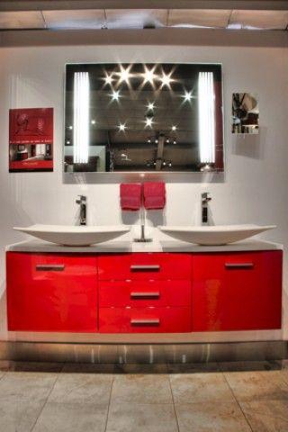 Salle de bain rouge et noire 2. | Salle d\'exposition d\'Eau Tendance ...