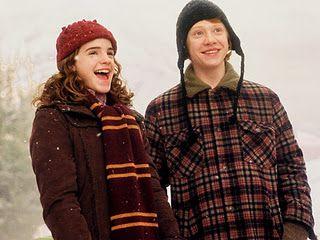 Pin Von Heather The Freckled Purl Auf Yarn Love Knitting Ron Und Hermine Hermine Granger Harry Potter Film