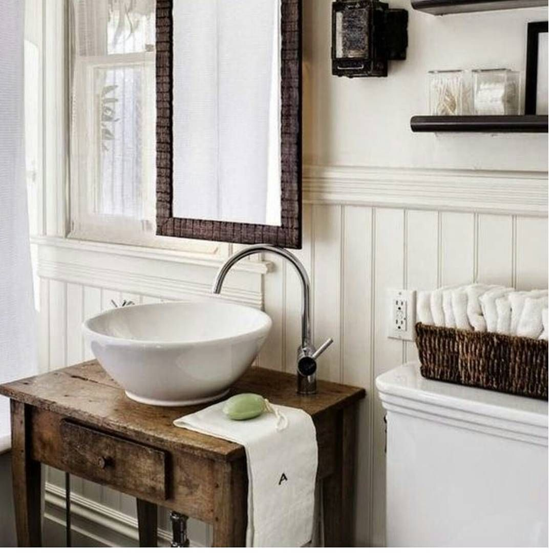 Impress Your Visitors with These 14 Cute Half-Bathroom Designs ...