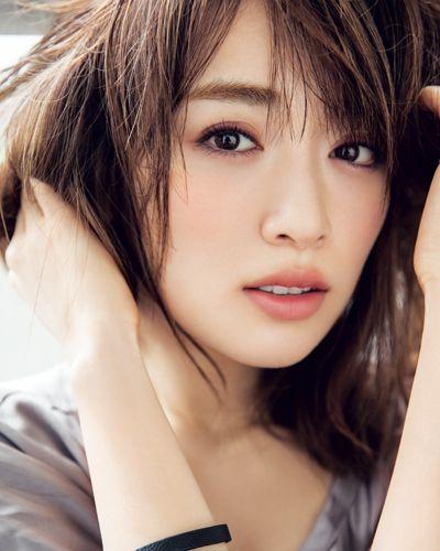 79 top hairstyle make up refs pinterest asiatisch asiatische sch nheit und frau. Black Bedroom Furniture Sets. Home Design Ideas