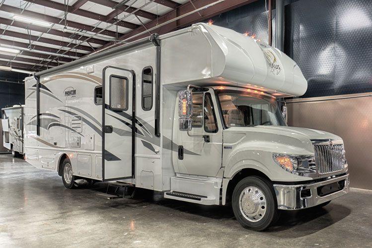 NeXus Phantom Super C Motorhome, Rv trailers, Class c rv