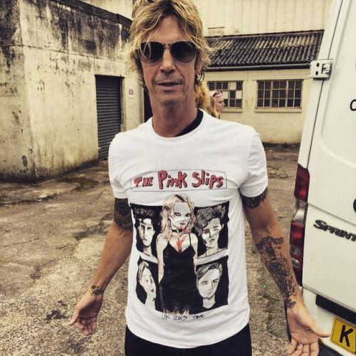 i♥GunsNRoses, duffxmckagan: Duff shows the t-shirt of the band...