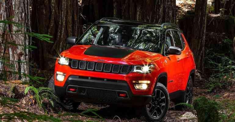 سيارة جيب كومباس 2019 و امكانيتها و سعرها يصل الي Jeep Compass 2017 Jeep Compass Jeep