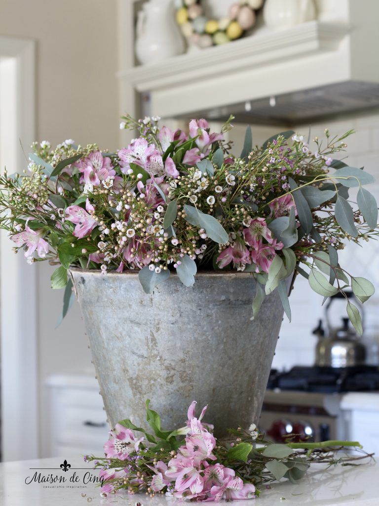 Easter Decorating in the Kitchen - Simple Ideas for Easter ...