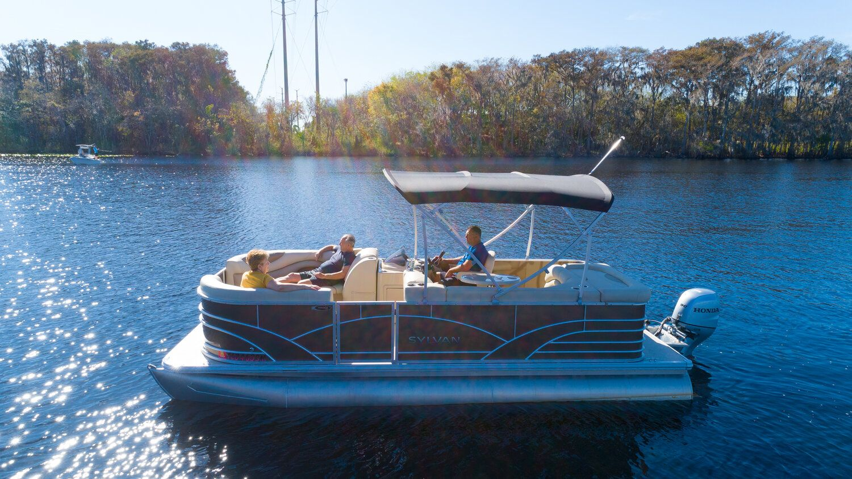 20 sylvan pontoon boat for rent rockon recreation