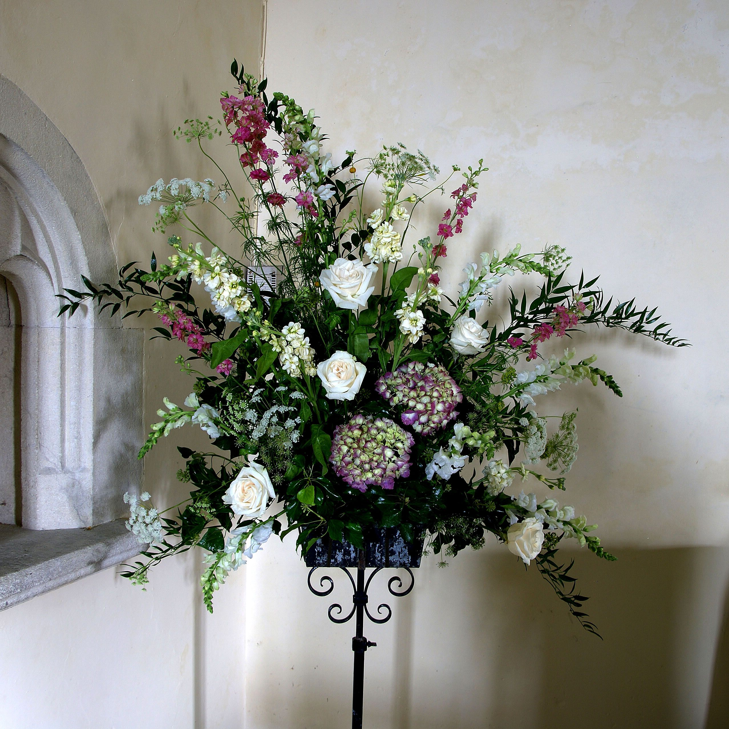 Wedding Flower Arrangements For Church: Church Wedding Flowers. Pedestal Arrangement Of Country