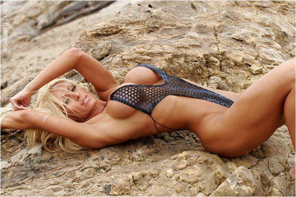 women post nude pics