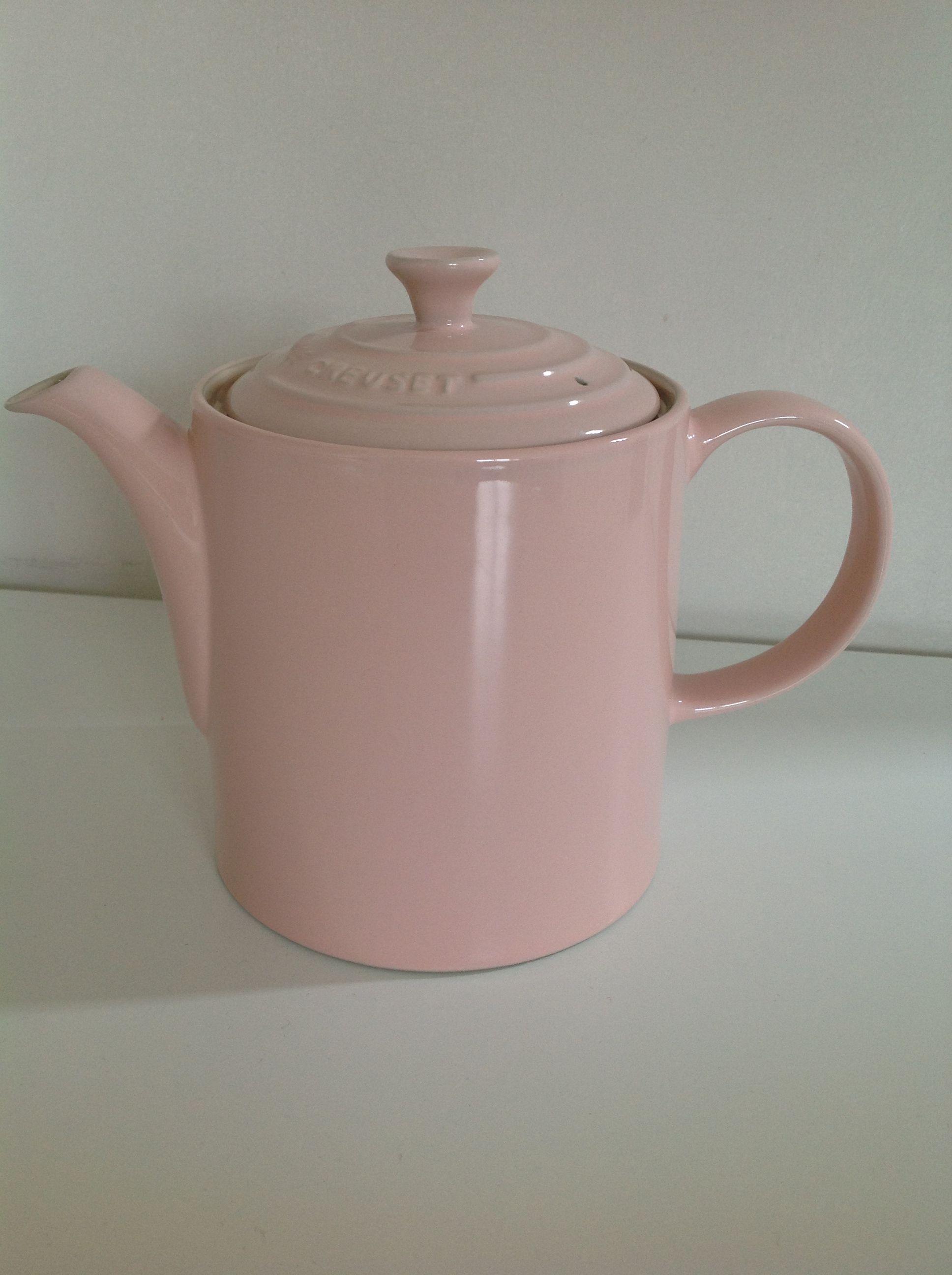 <3 my new tea pot. Le creuset