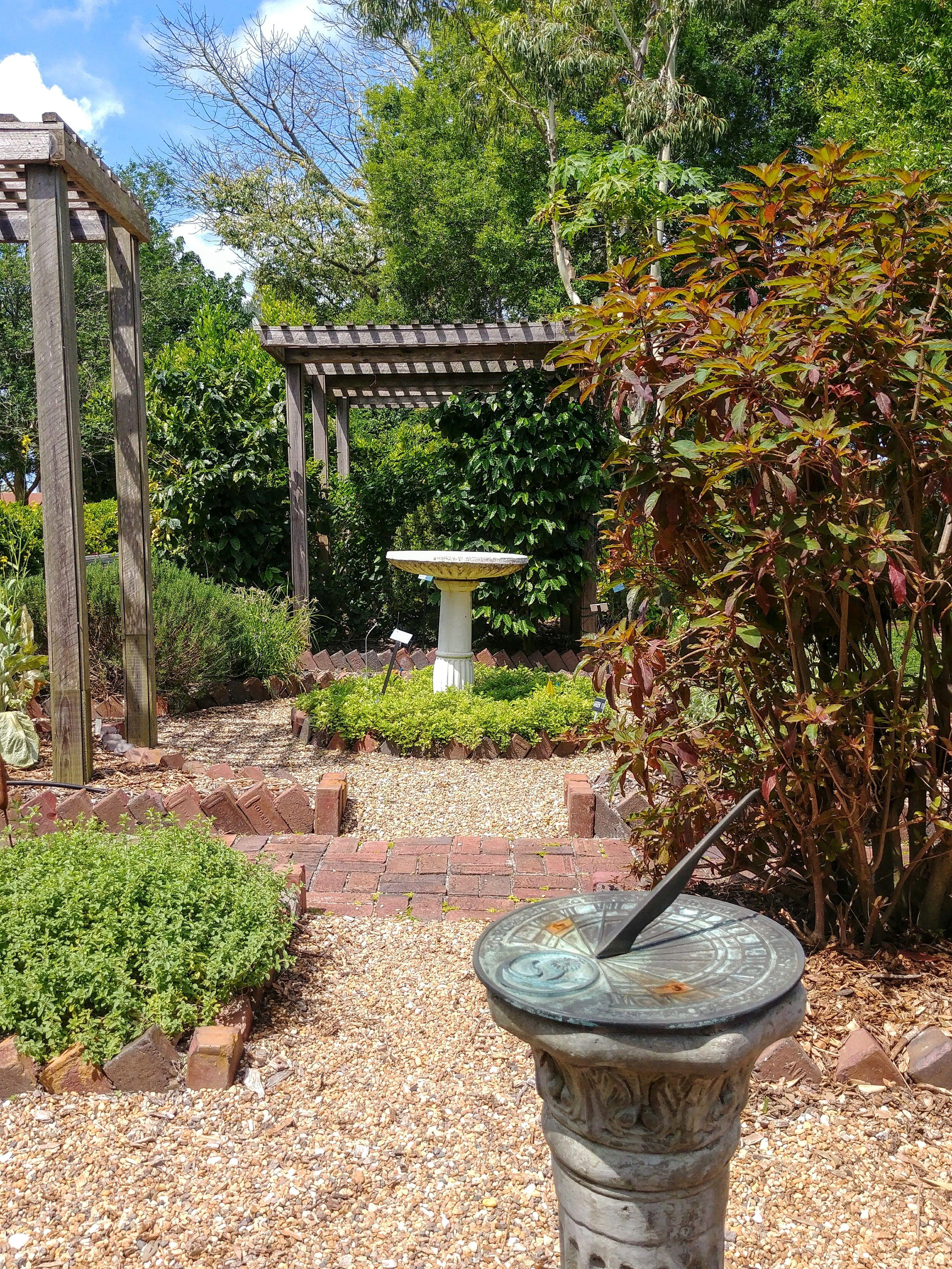 997ab142b631b3ecec3632ee63cb385e - The Florida Botanical Gardens In Largo
