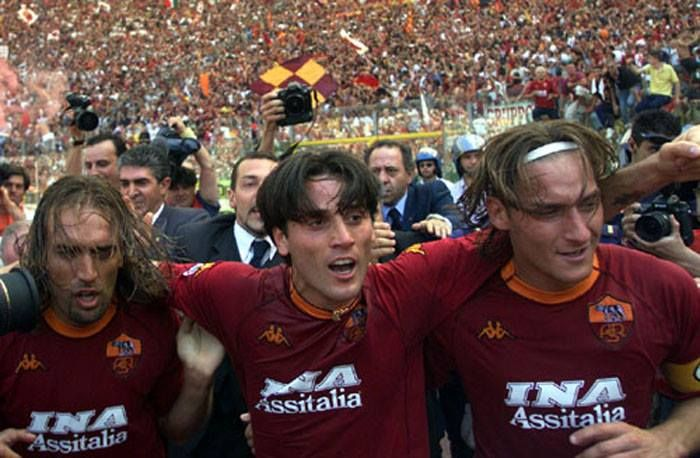 Gabriel Batistuta, Vincenzo Montella & Francesco Totti - AS Roma | As roma,  Totti francesco, Football players