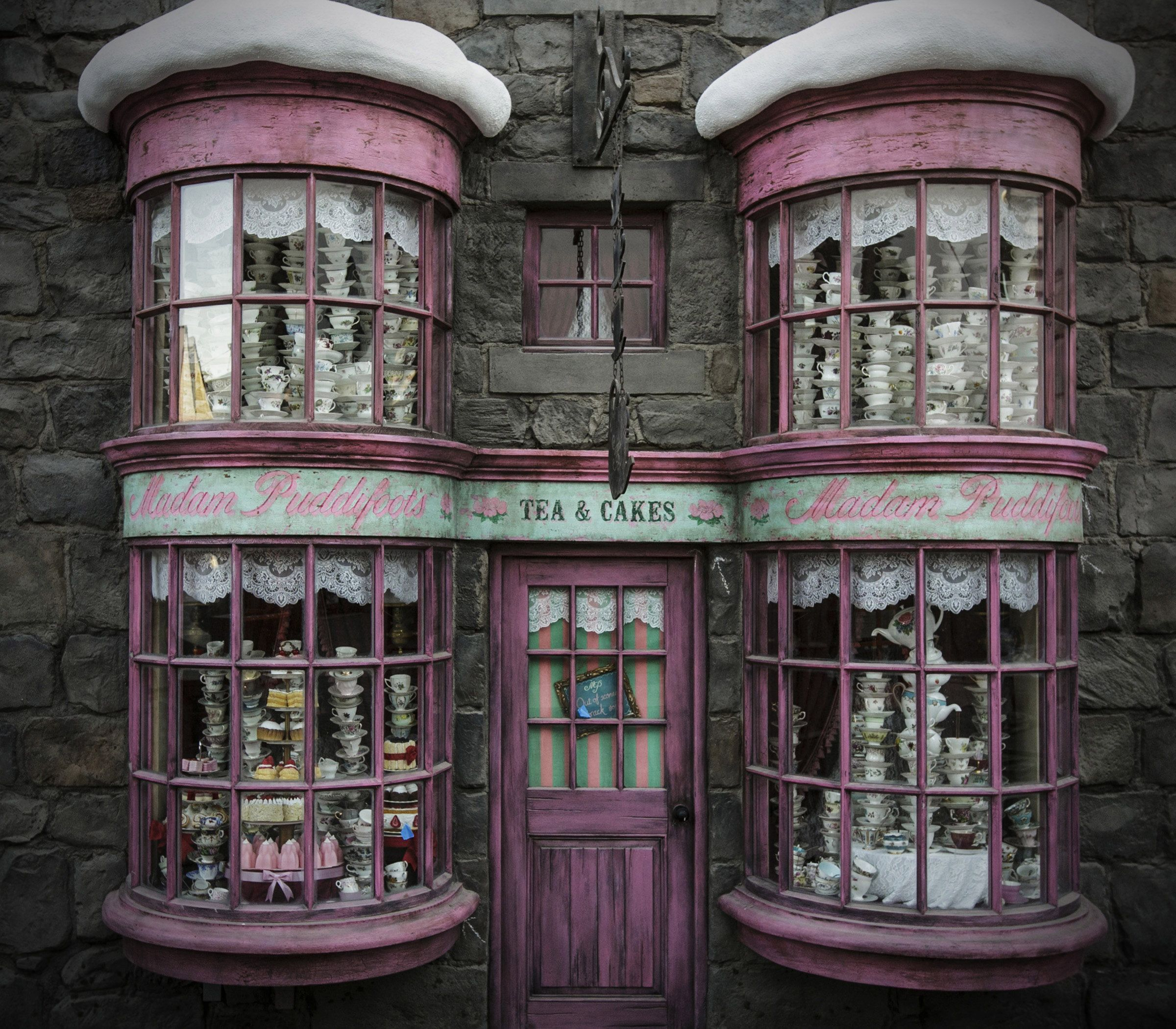Shops at The Wizarding World of Harry Potter at Universal Studios Hollywood