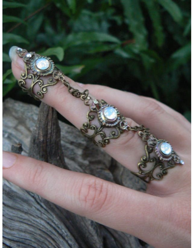 Gilded by gypsy • connecting rings •