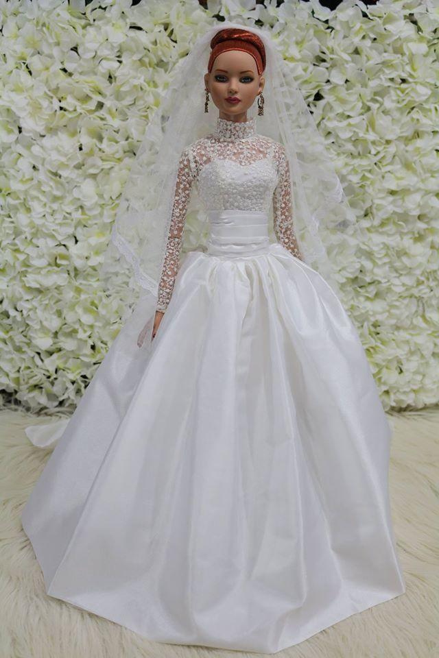 Pin von Flora Franco auf < Bride Dolls > | Pinterest | barbies ...