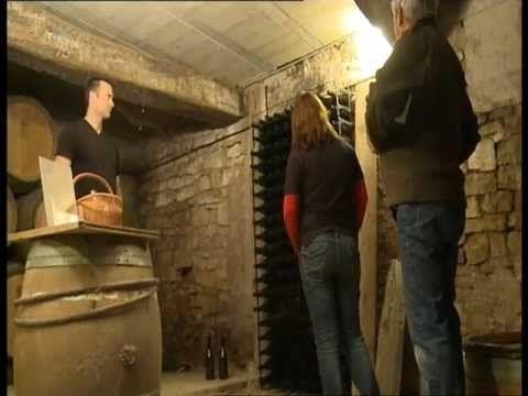 Trappe cave motoris e youtube campo grande pinterest for Meuble avec cachette secrete