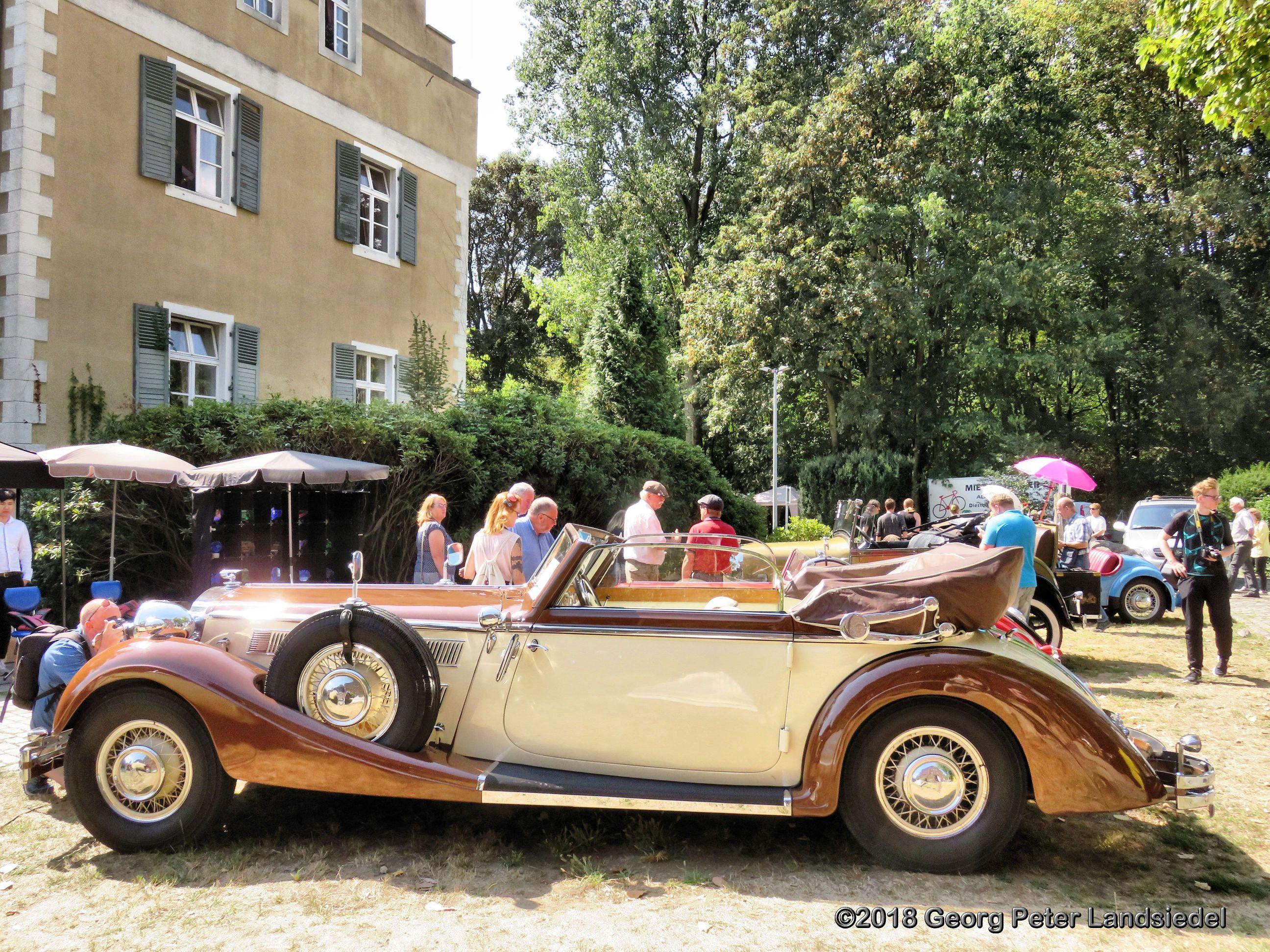 Horch 853 Cabriolet, 1935
