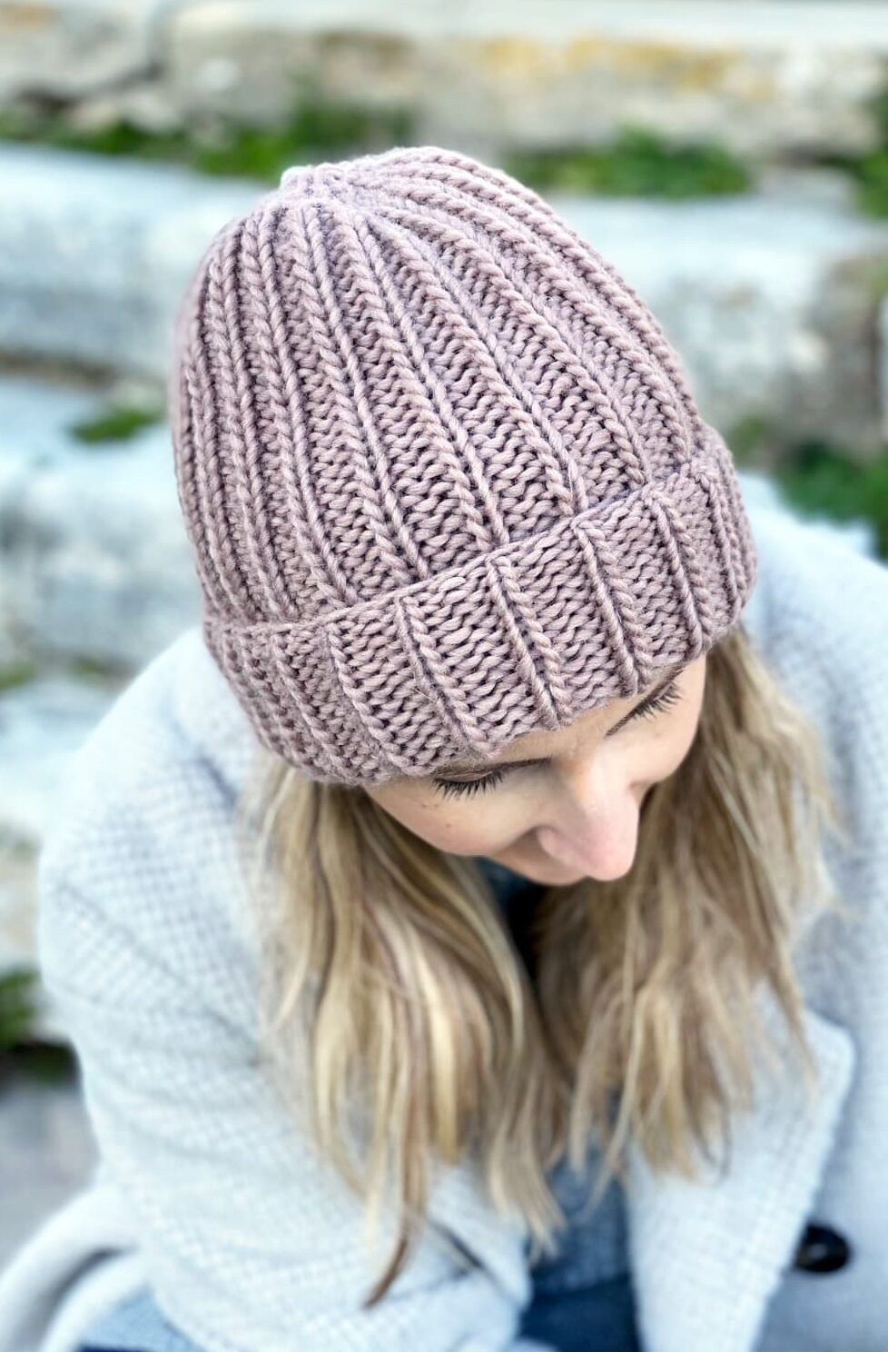 How To Knit A Hat With Circular Needles Knit Beanie Pattern Knitting Patterns Free Hats Beanie Knitting Patterns Free