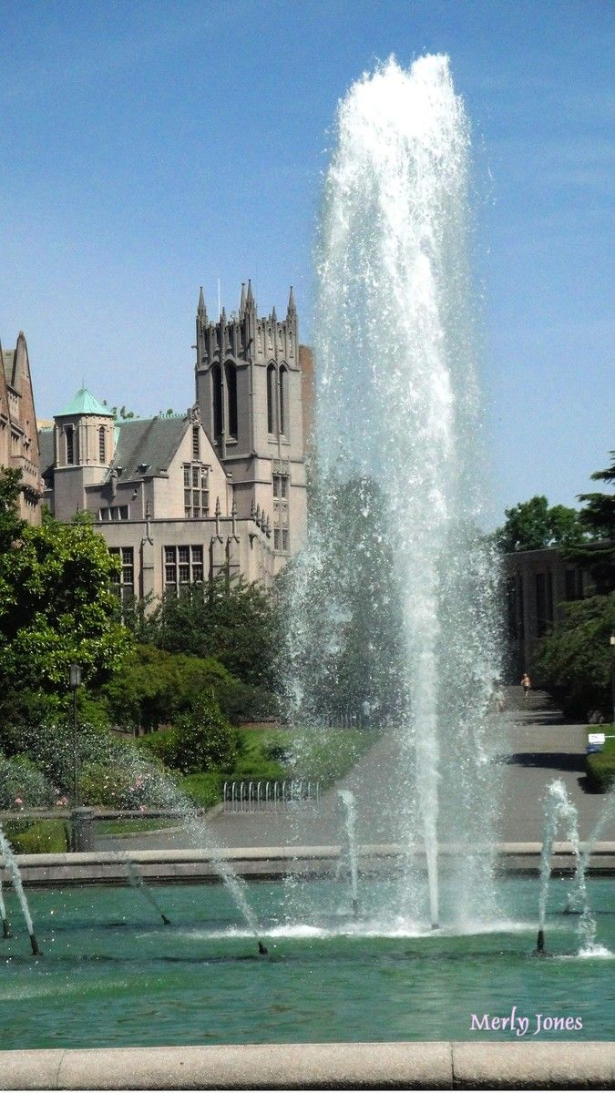 Drumheller fountain on a warm Seattle day. #youW Photo by ...