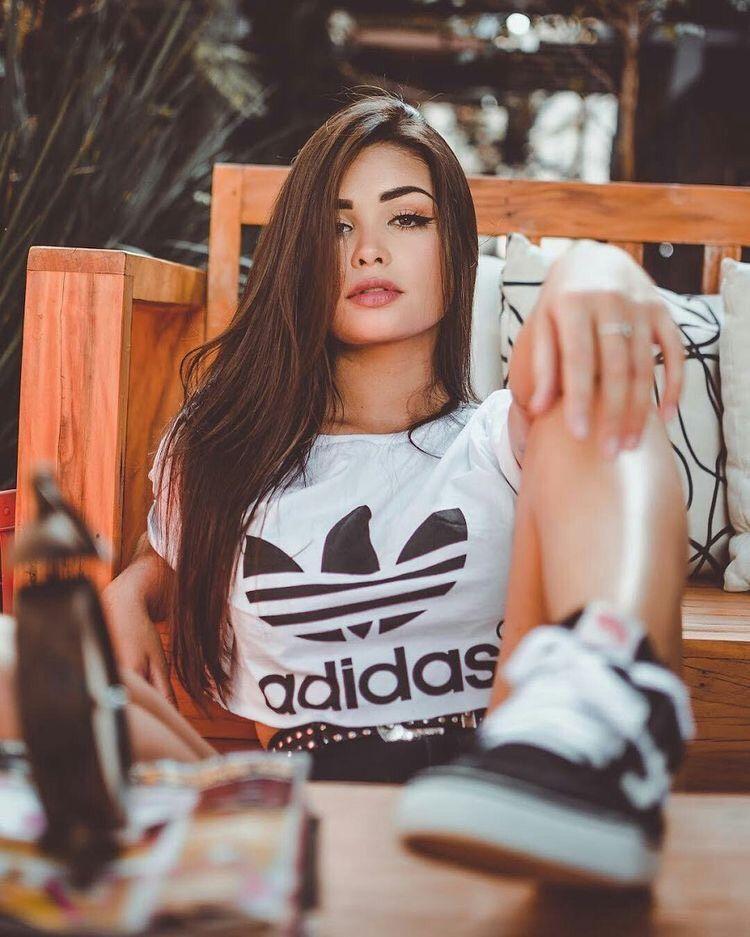 42+ Looks con Camiseta para Lucir Guapa y a la Moda (2019)