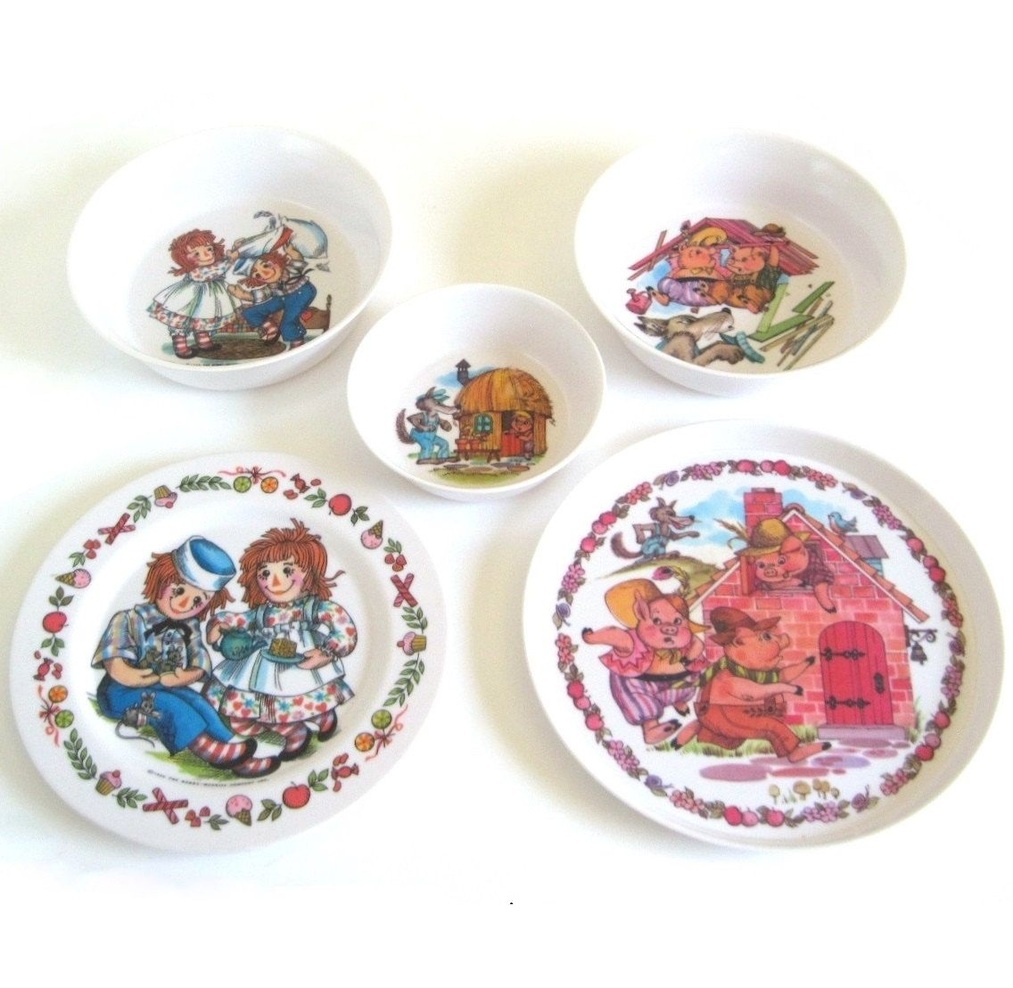 3 Little Pigs Plastic Dishes Oneida Deluxe 3101 Plate 3243 3258 Bowls Or Raggedy Ann Children 39 S Melamine Dish Set Melamine Dishes Rabbit Dishes Little Pigs