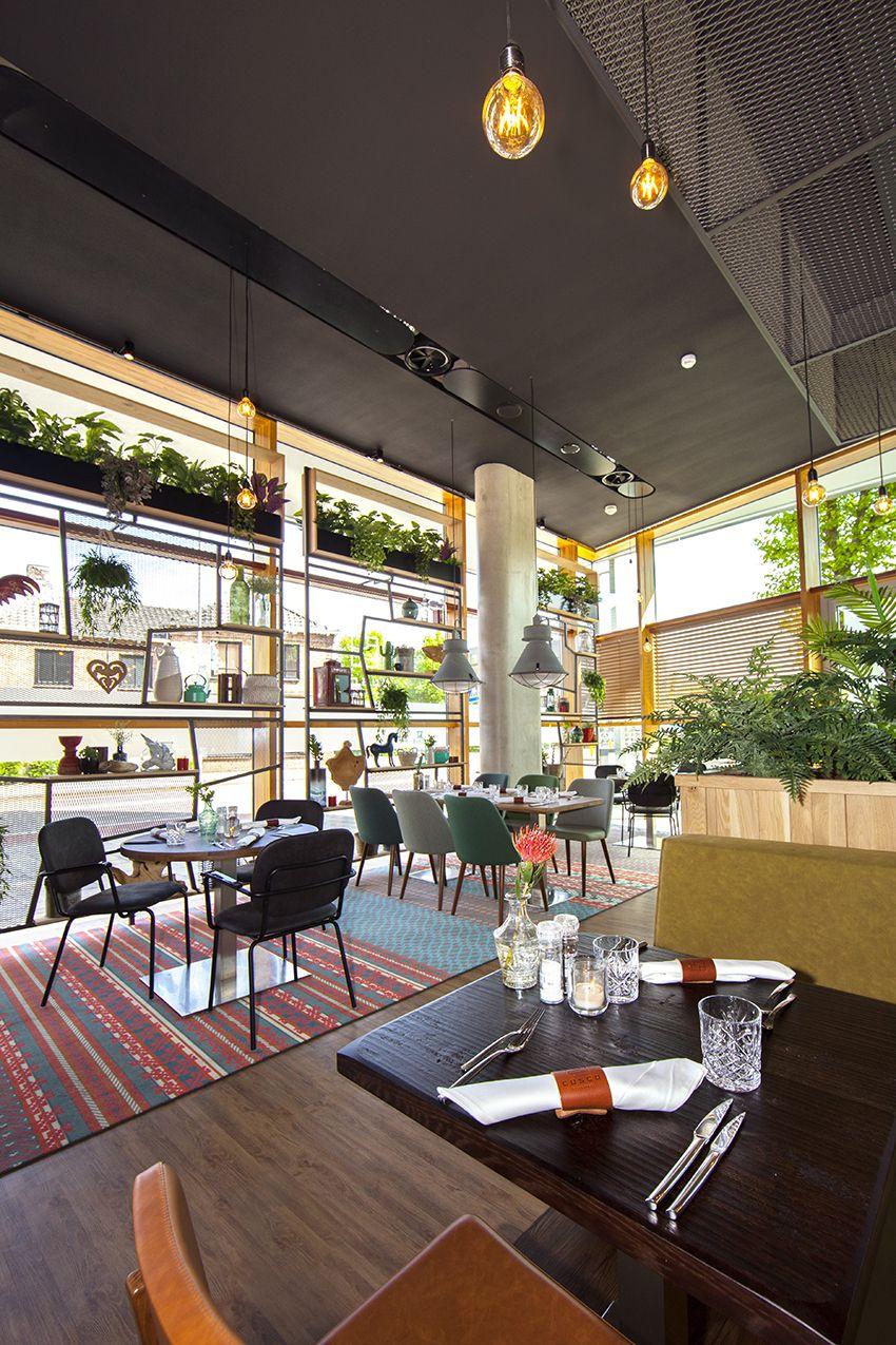 nieuw interieur voor restaurant cusco te uden