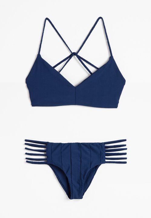 Pin von Xaria Moore auf Clothes   Pinterest   Badeanzüge, Sommer und ...