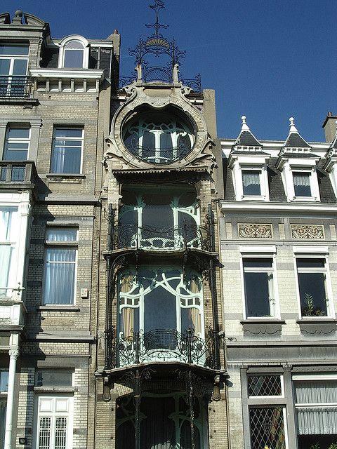 Maison Saint Cyr - Square Ambiorix Art nouveau architecture and - exemple de facade de maison