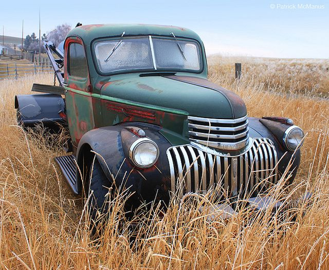 1936 Lincoln Tow Truck Junkers N Classics Old Cars Not A Lincoln A 1941 42 Or 46 Chevy Trucks Tractors Tow Truck Classic Cars Trucks Chevrolet Trucks