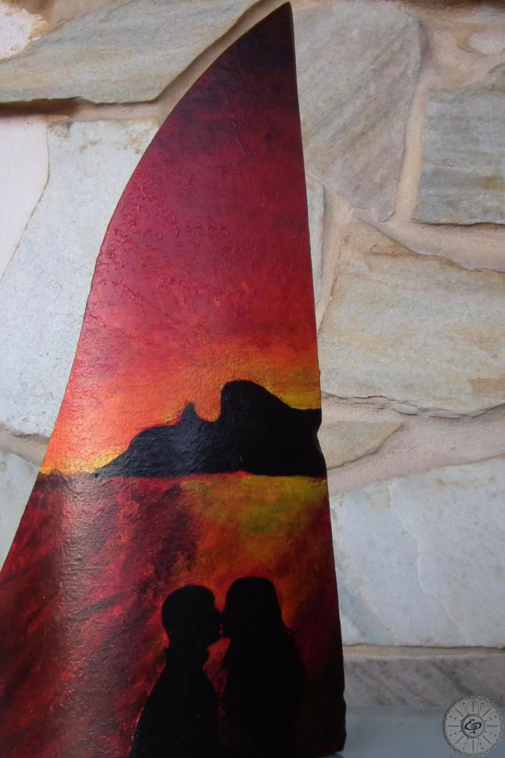 Come Dipingere Vecchie Tegole tegola moderna in terracotta tagliata e dipinta a mano