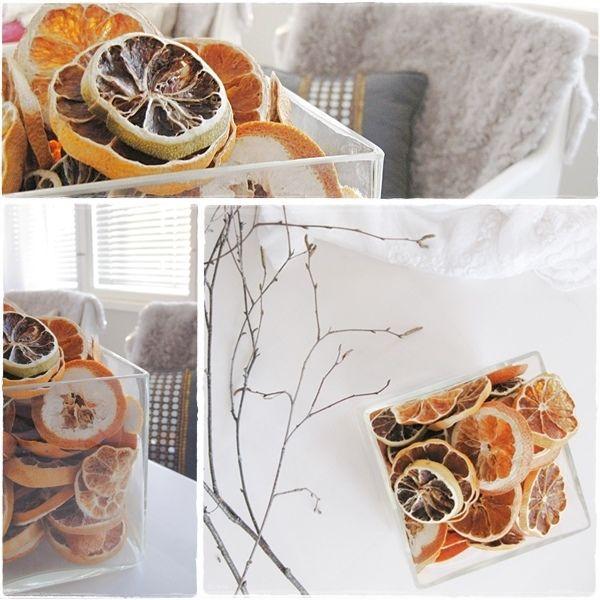 Kuivatut appelsiinit on tosi kauniita, jopa niin kauniita että kun sukulaistyttö halusi askarrella appelsiineista ovikranssin, niin ensimmäisenä hän t