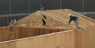 Image Result For Installing Roof Trusses House Roof Trusses Roof Installation House