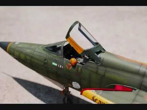 Trumpeter 1 32 Scale F 105d Thunderchief Trumpeter Youtube Fighter Jets