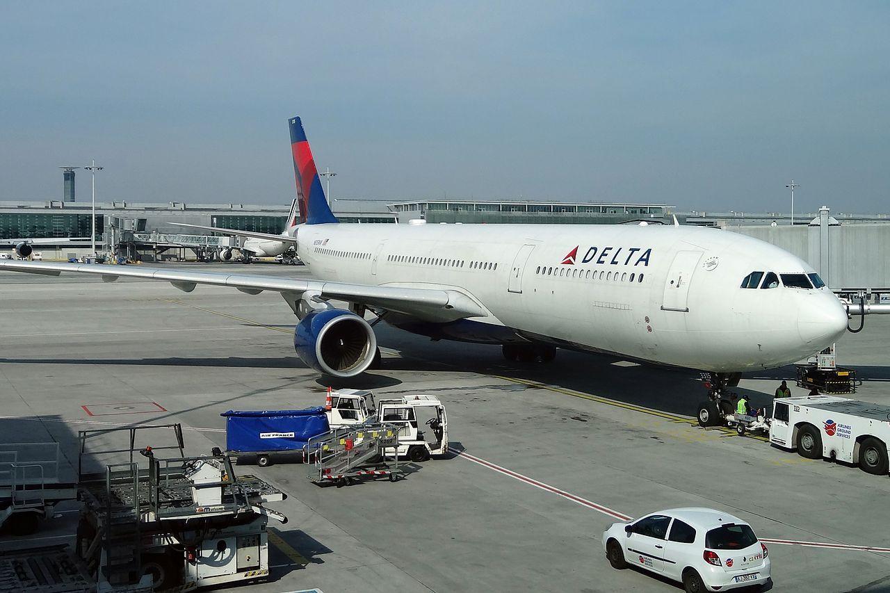 Airbus A330323X N815NW Delta Air Llines at CDG Paris