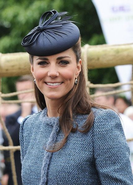 d01b02bdd0ac1 Kate Middleton Decorative Hat