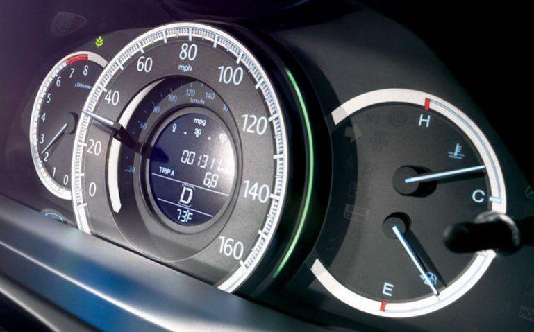 Toyota Camry 2015 vs Honda Accord 2015 Comfort Level