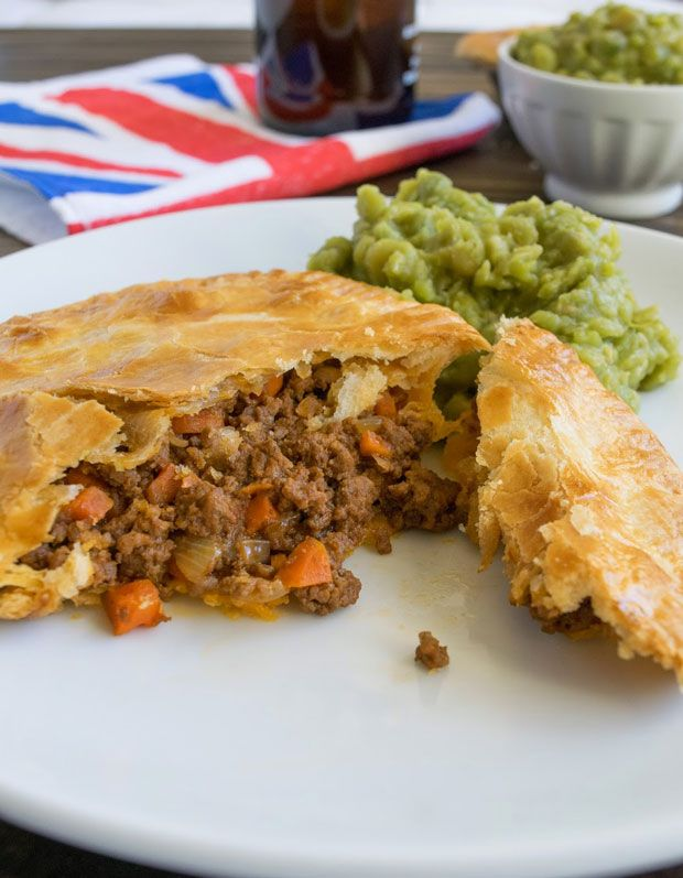 Photo of Minced Beef and Onion Pies Recipe – RecipeChart.com
