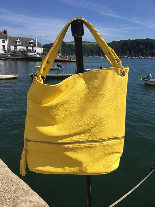 Bright Yellow Bucket Shoulder Bag #Danielli #Dartmouth #Devon #SWisBest #Tote #Handbag #Boutiques #ShoppingTime #ShoppingAddict #Style #MustHave